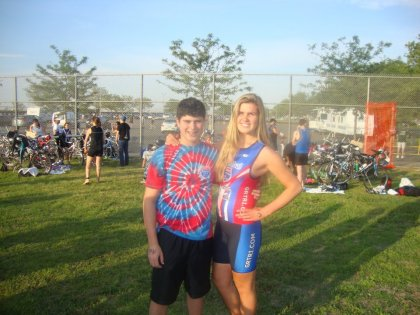 forcing my brother to take a pre-race picture. haha